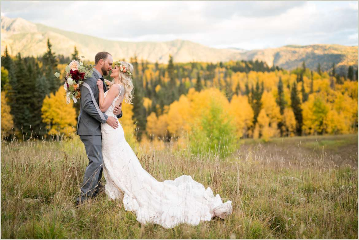 peak fall wedding in the mountains of colorado