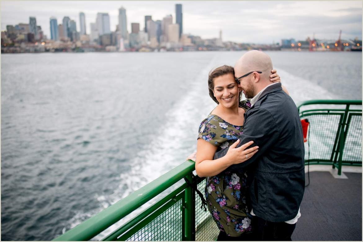engagement photos on seattle ferry