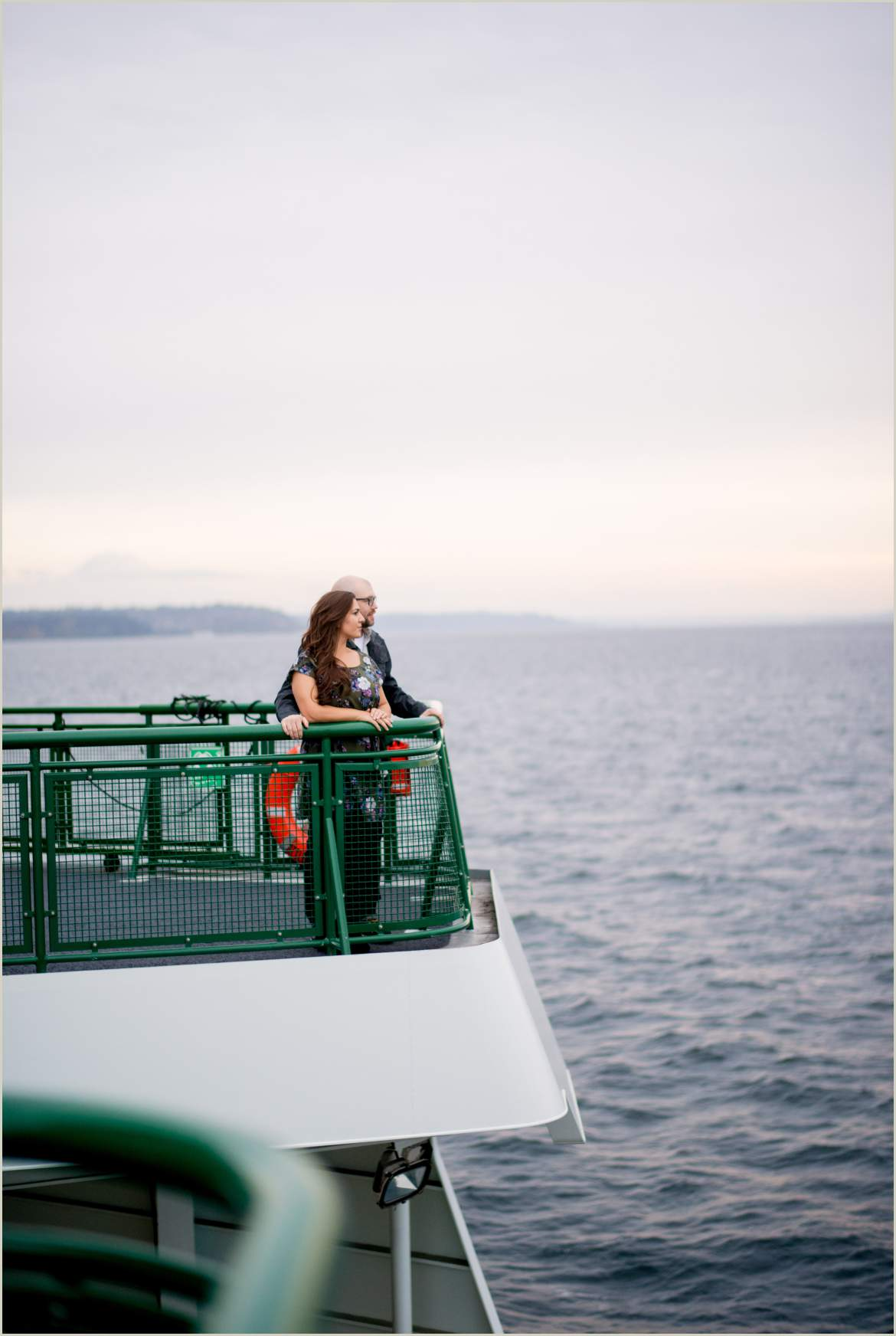 seattle ferry engagement photos