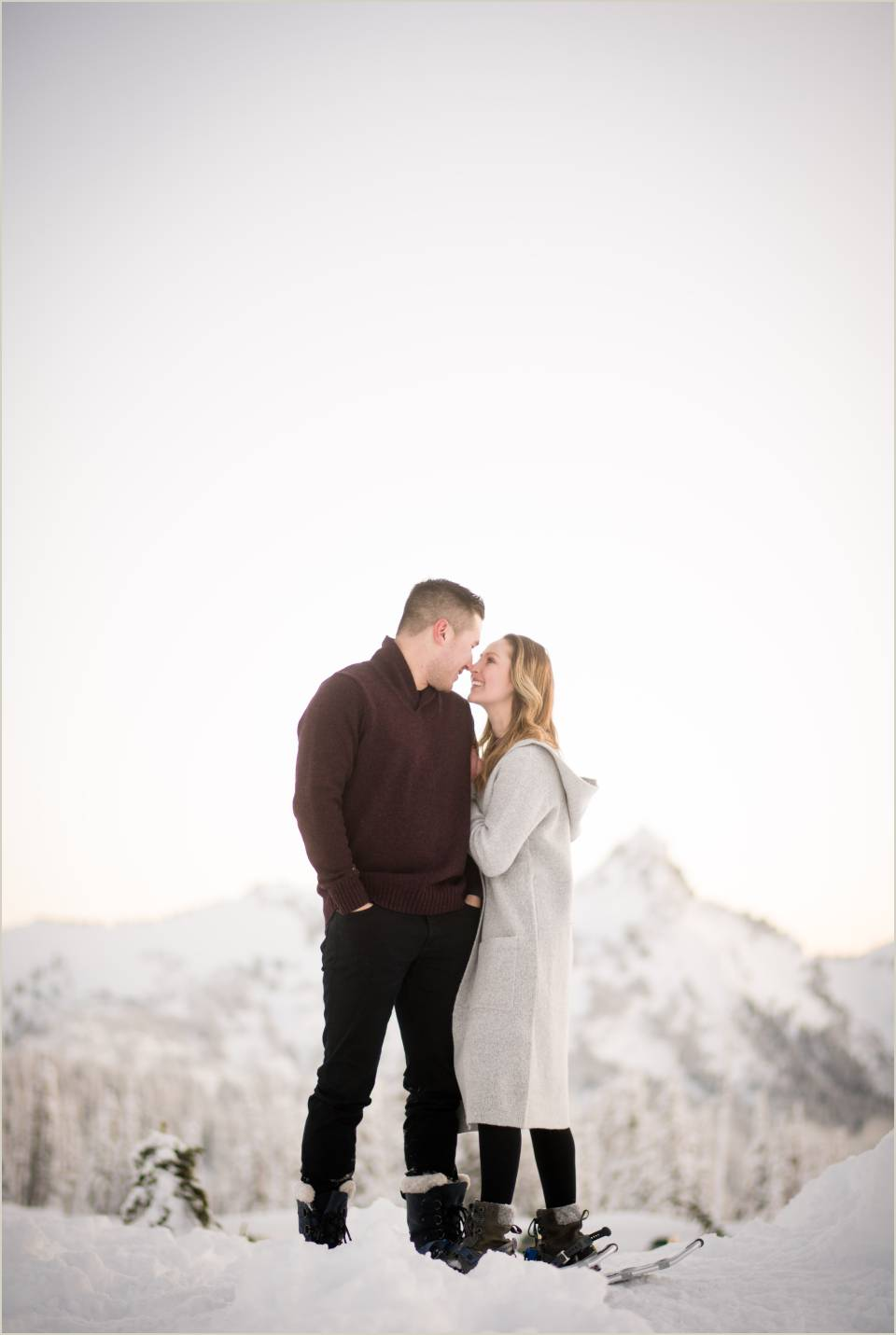 romantic snowy engagement photos