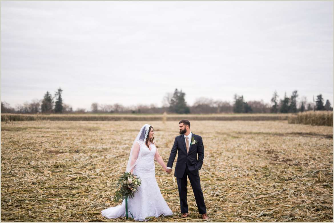 snohomish winter wedding at carlton farm