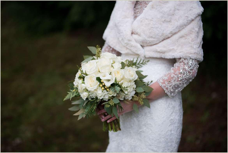 white winter wedding details 1