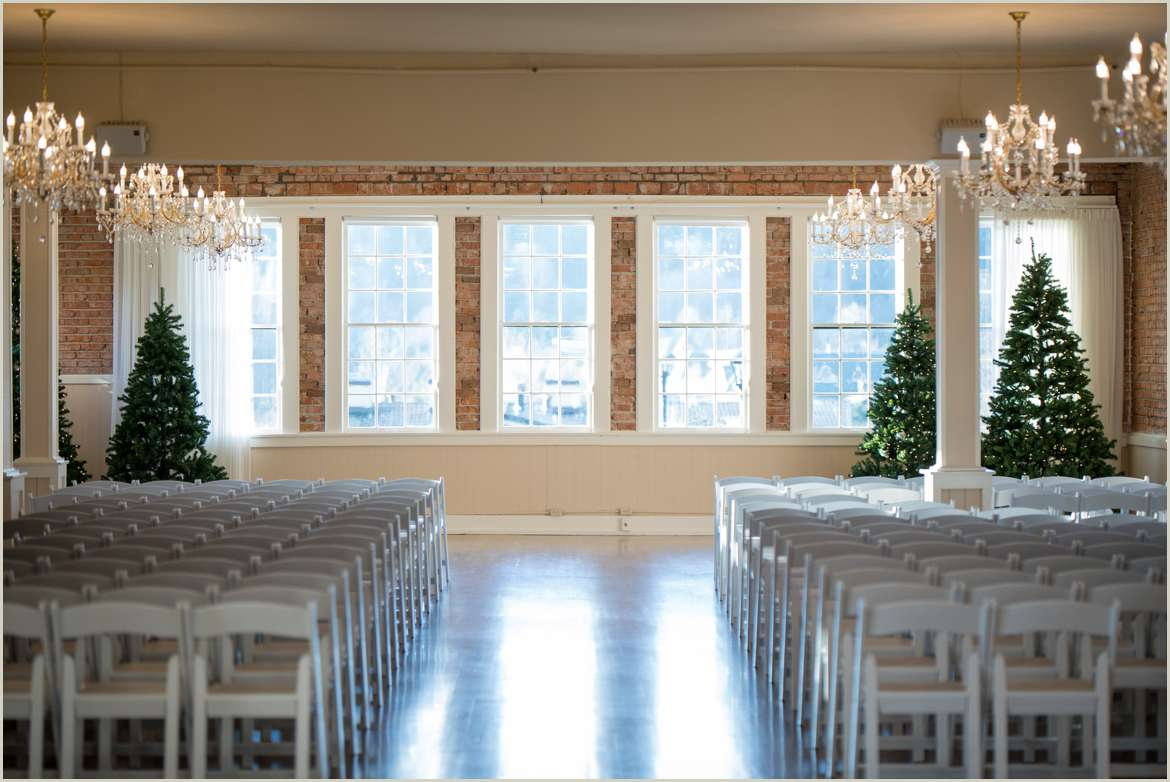winter ceremony at hollywood schoolhouse 1