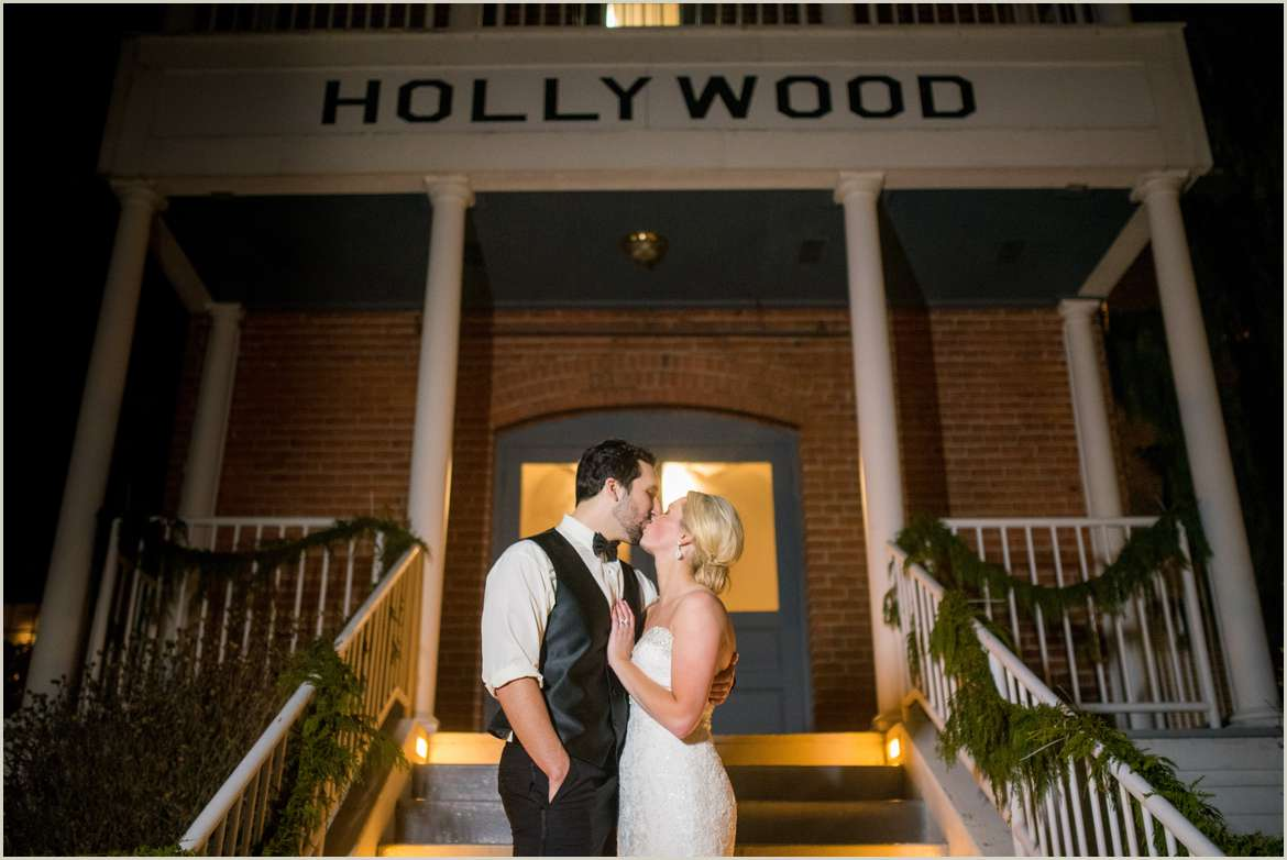 winter hollywood schoolhouse wedding in woodinville 1