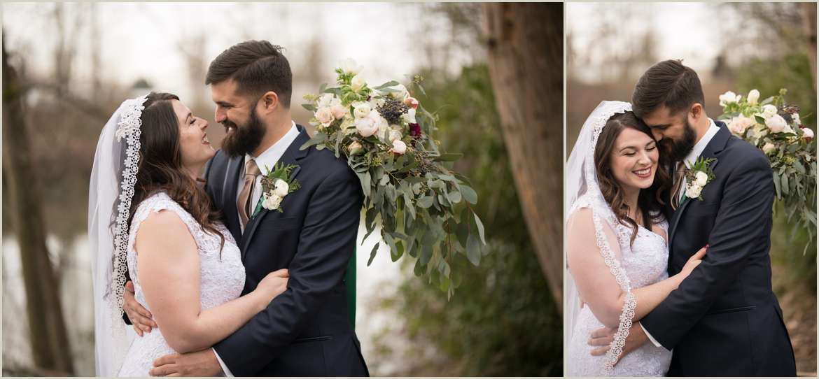 winter wedding photos in snohomish waterfront park