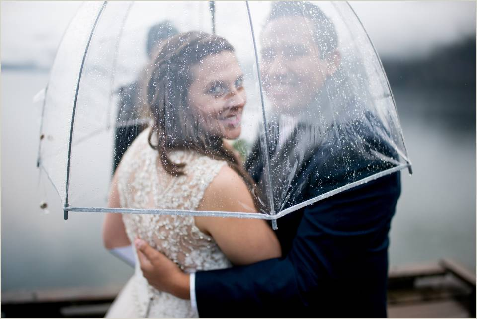 adventurous couple eloping in the rain 1
