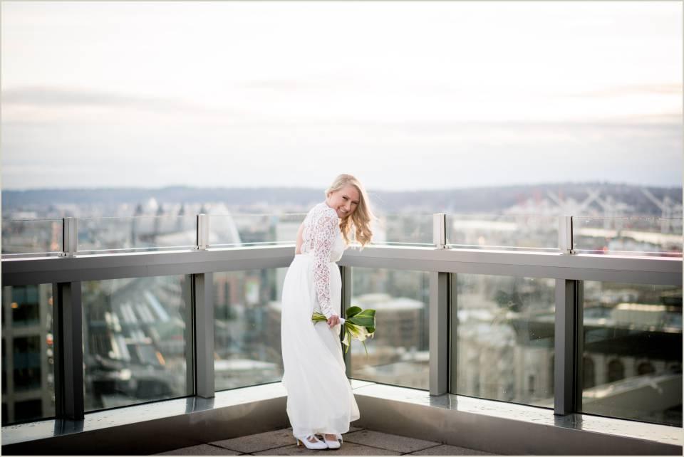 bridal photos seattle elopement roodtop