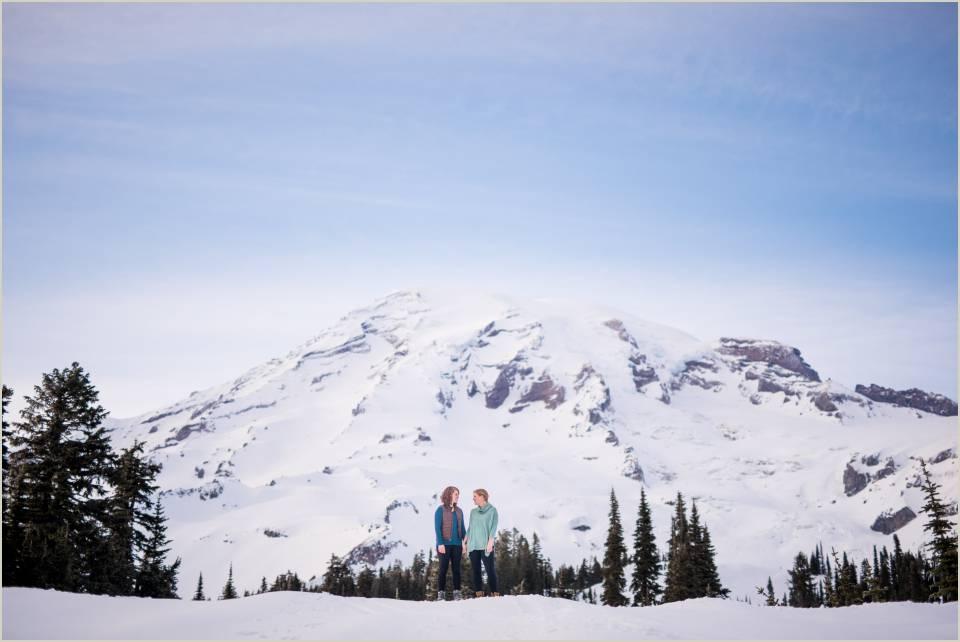 couples photos at mount rainier