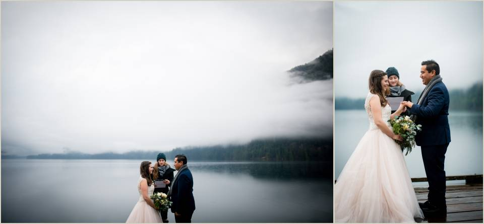 exchanging vows on a cloudy pnw day 1