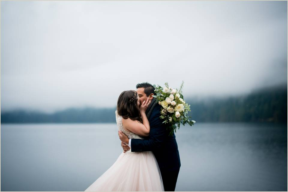 moody elopement photos in olympic national park 1