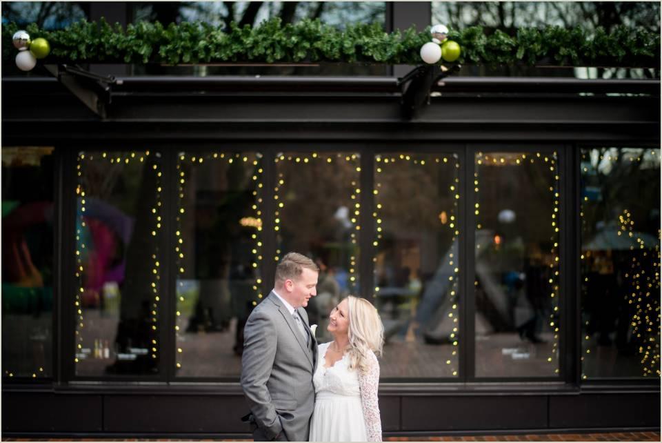 pioneer square christmas wedding photos