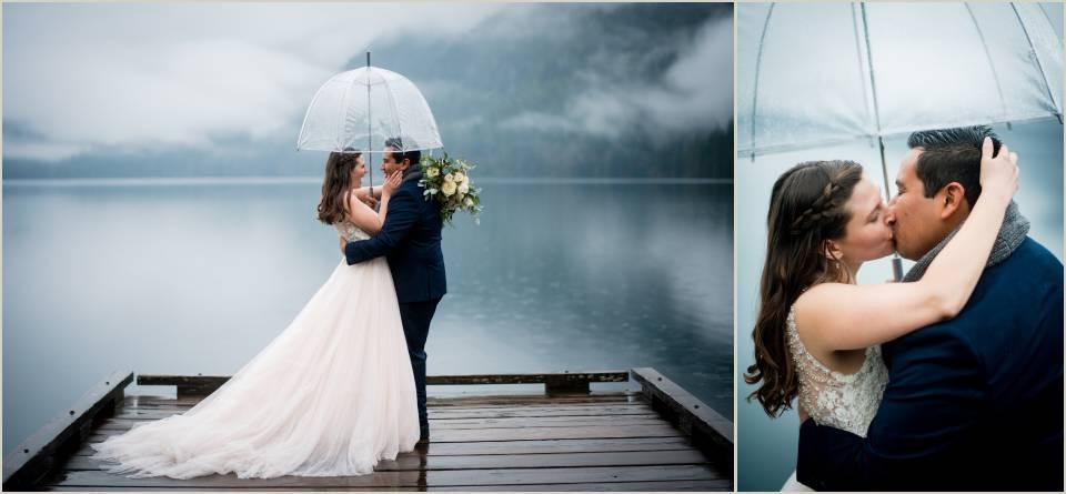 rainy wedding photos in olympic national park 1