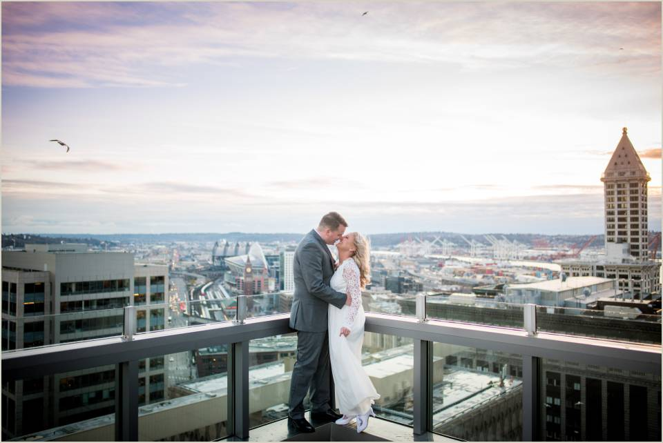 rooftop sunset elopement downtown seattle