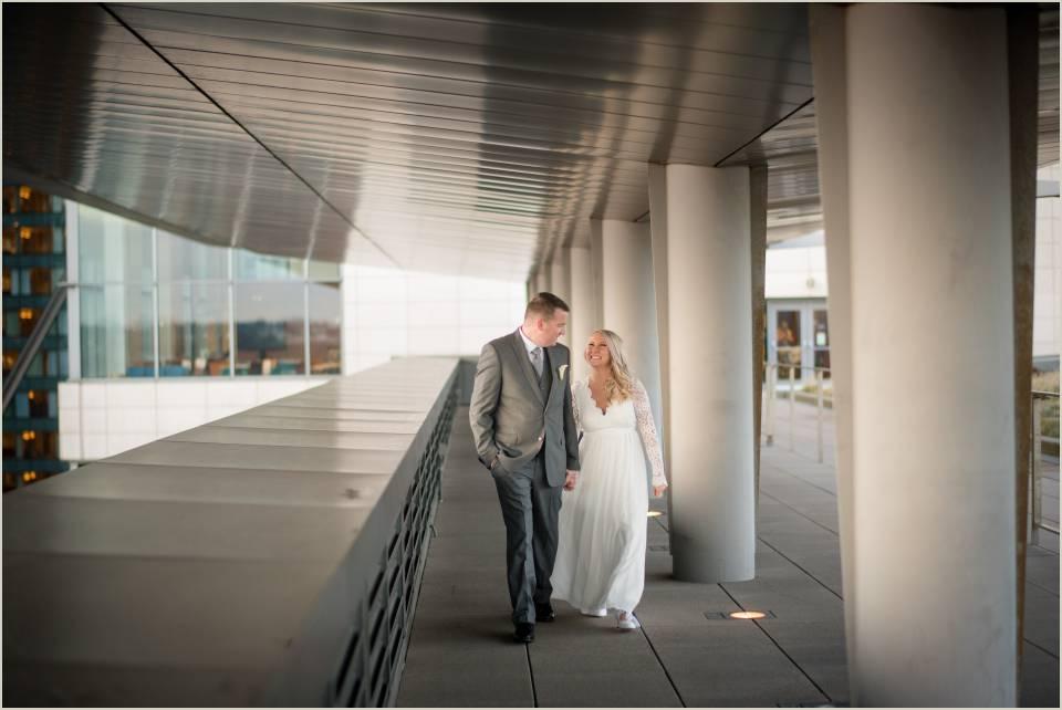 seattle wedding photographers courthouse elopement wedding