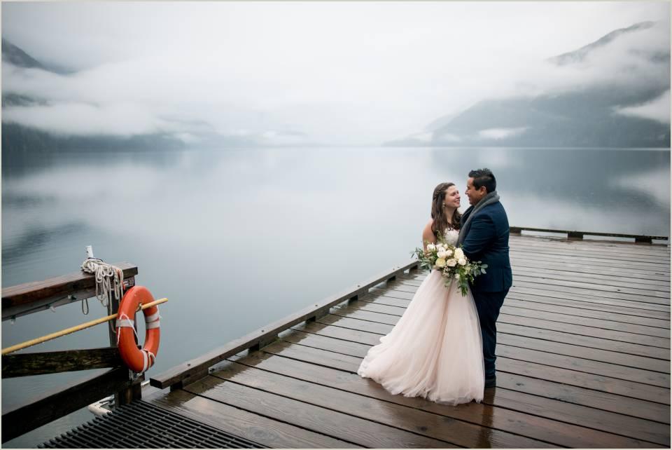 wedding photos at lake crescent 1