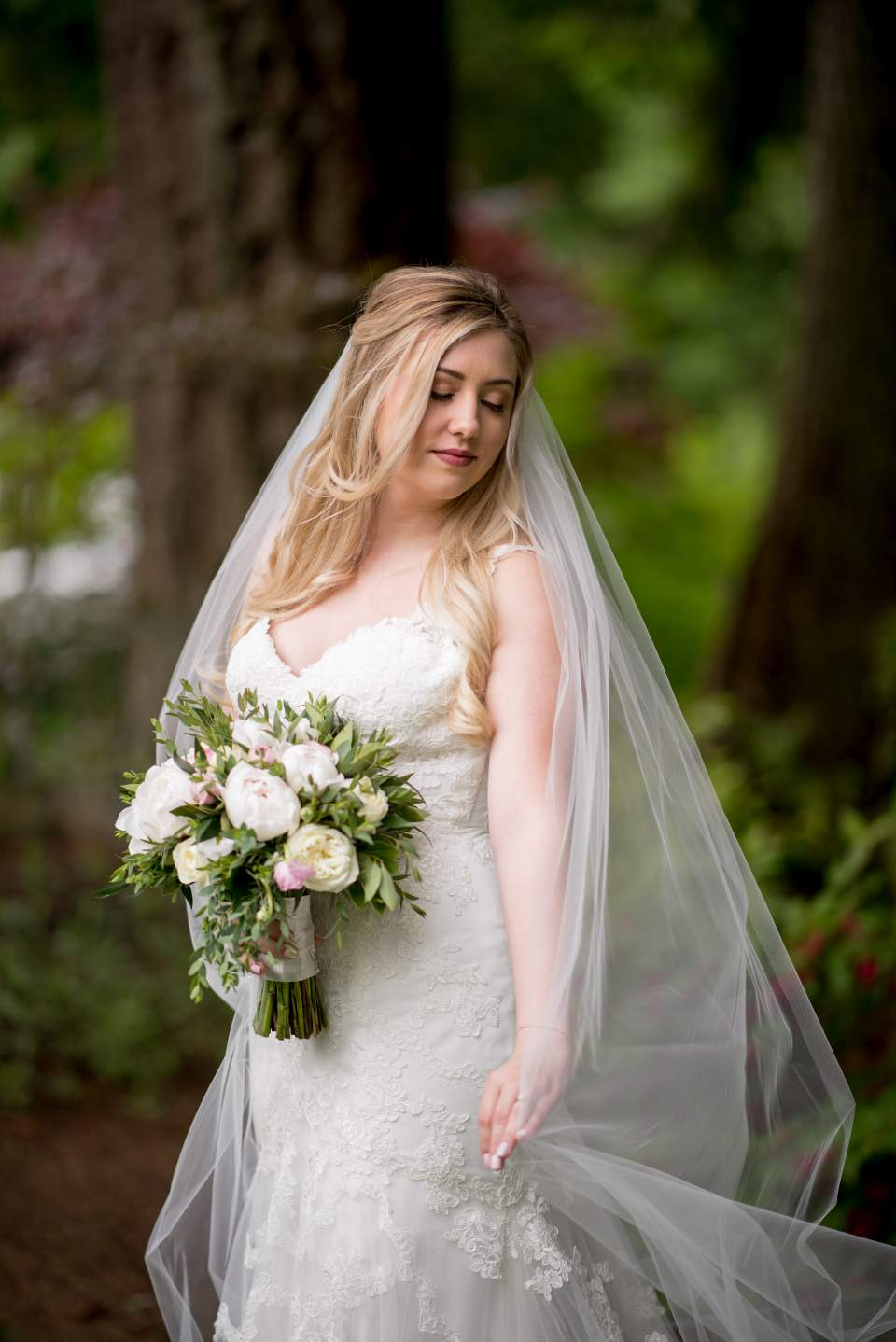 beautiful bride with long veil