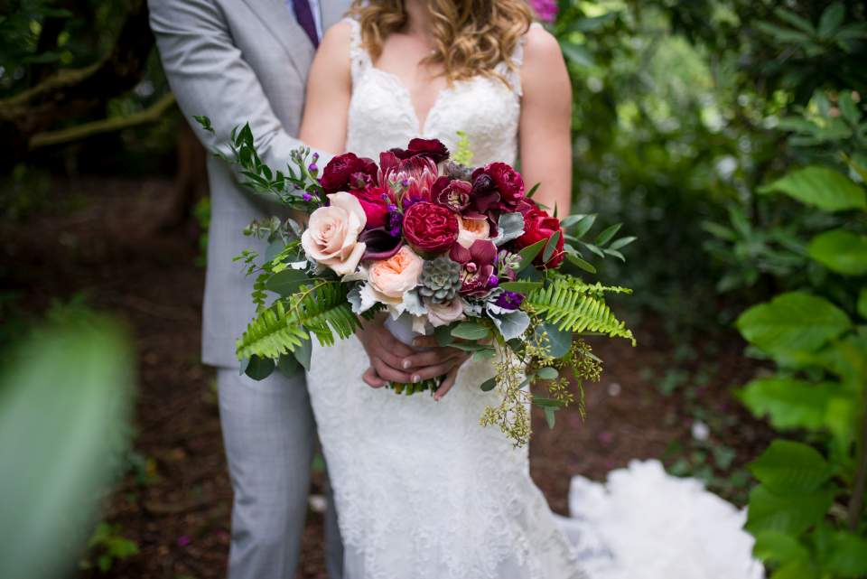 beautiful spring bridal bouquet