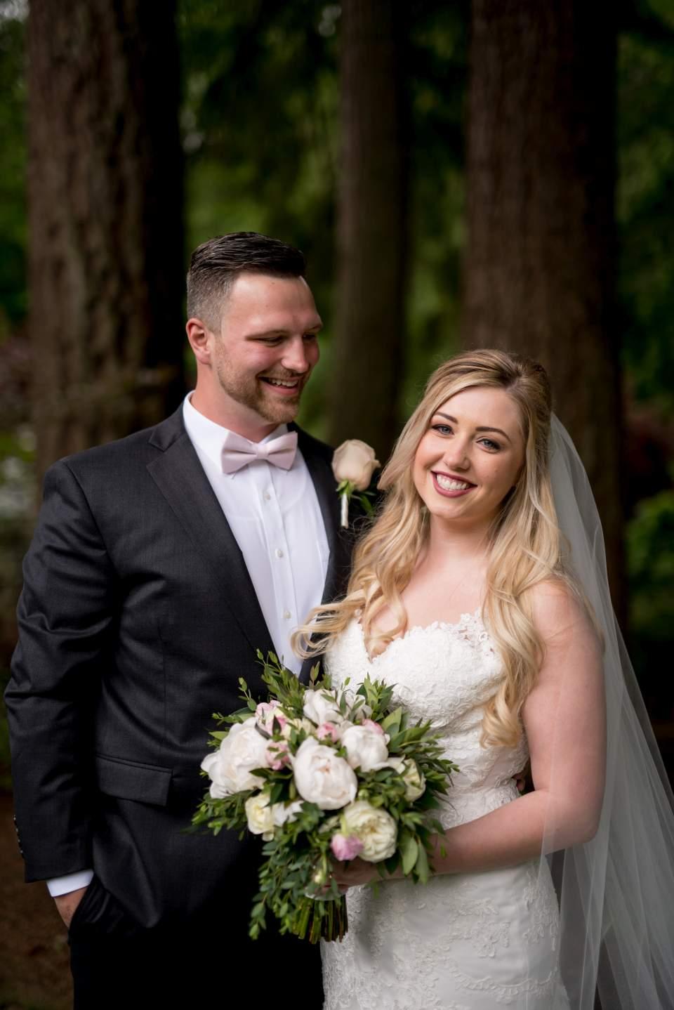 beautiful wedding photos at rock creek gardens