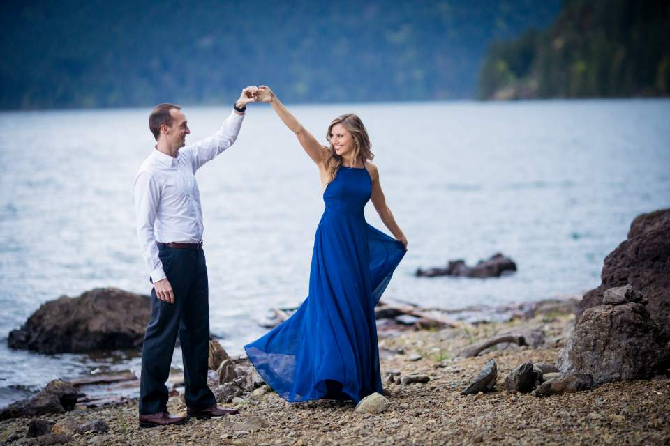 couple dancing at lake