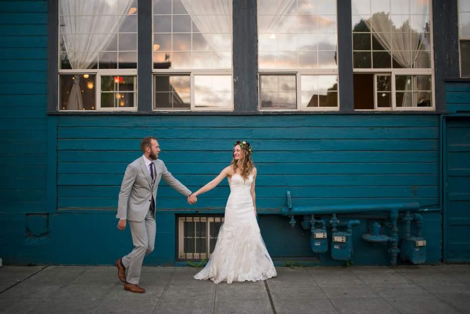 industrial bride and groom photos in sodo