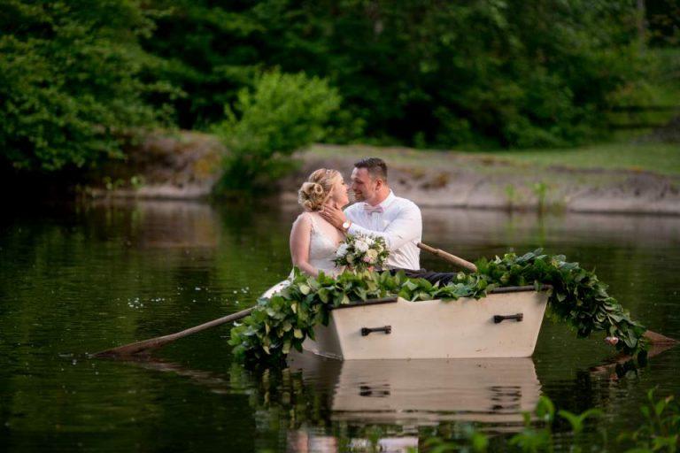 Rock Creek Gardens Wedding | Seattle Wedding Photographers