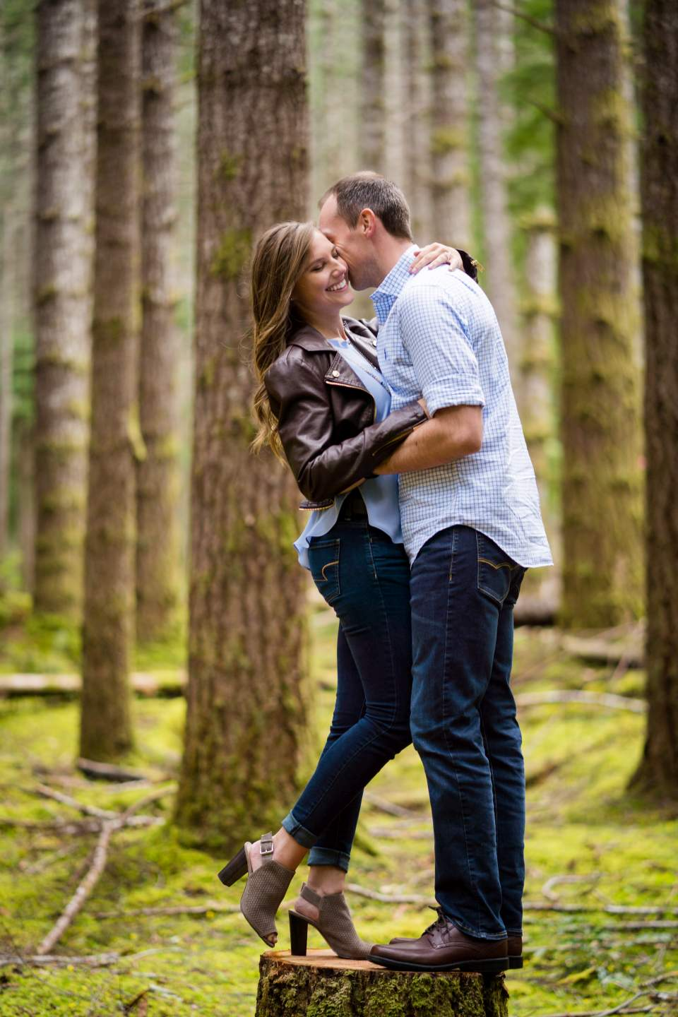 seattle adventure engagement photos