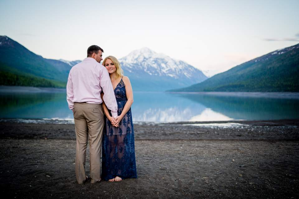 adventure session at lake eklutna in anchorage