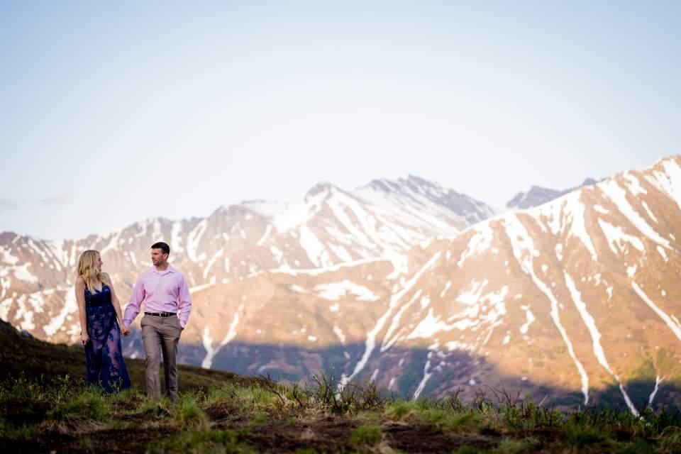 adventurous mountain couples photos