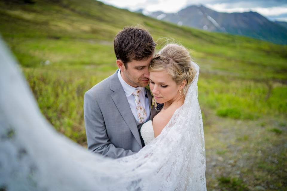 adventurous mountain wedding in alaska