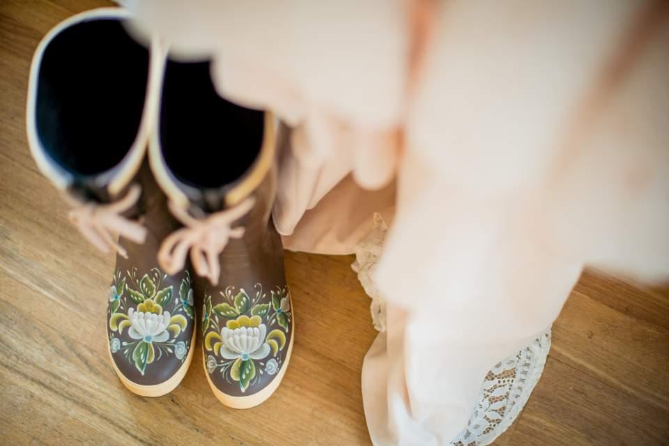 alaska bridal shoes xtra tough boots