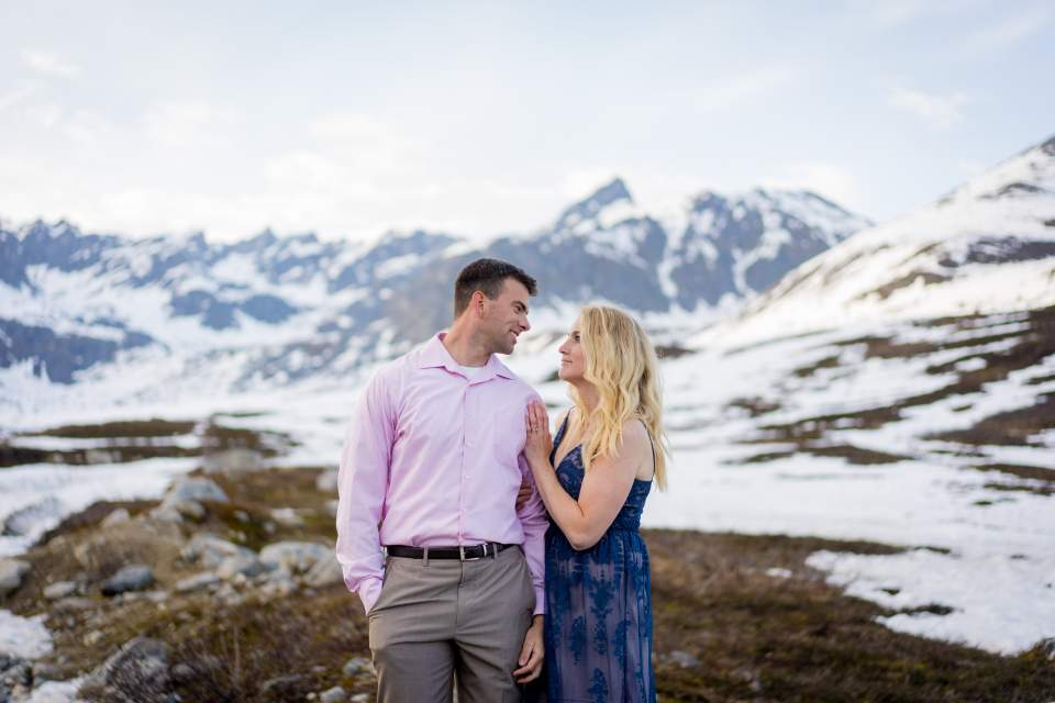anniversary photos in alaska