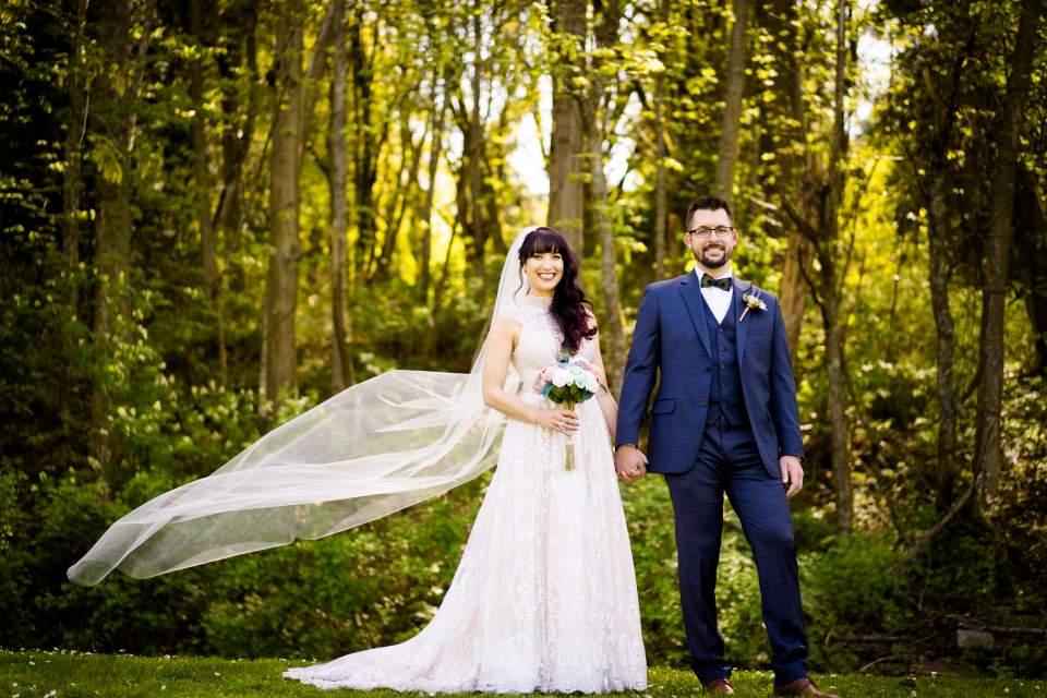beautiful spring wedding in seattle washington