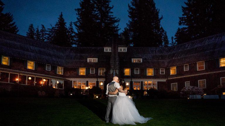Lake Quinault Lodge Wedding | Seattle Wedding Photographers
