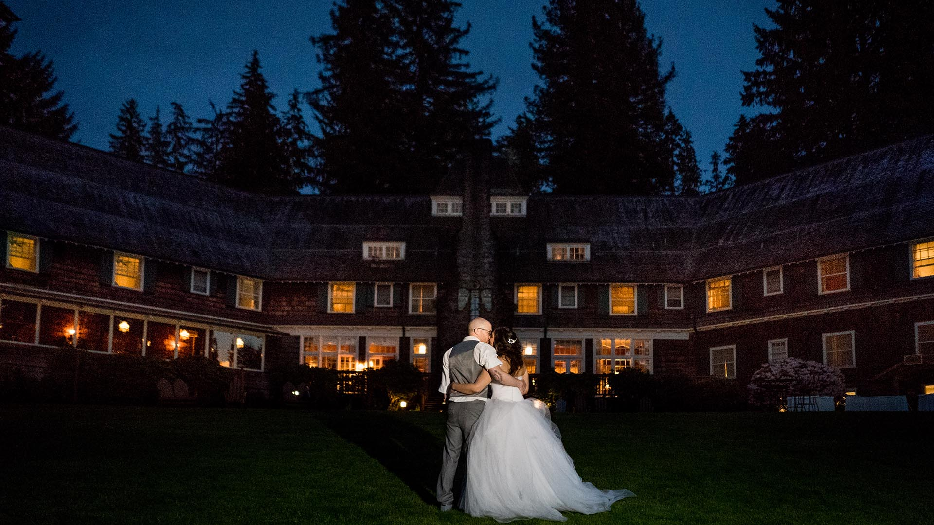 bride and groom under the stars olympic national park lodge seattle wedding photographers salt and pine featured