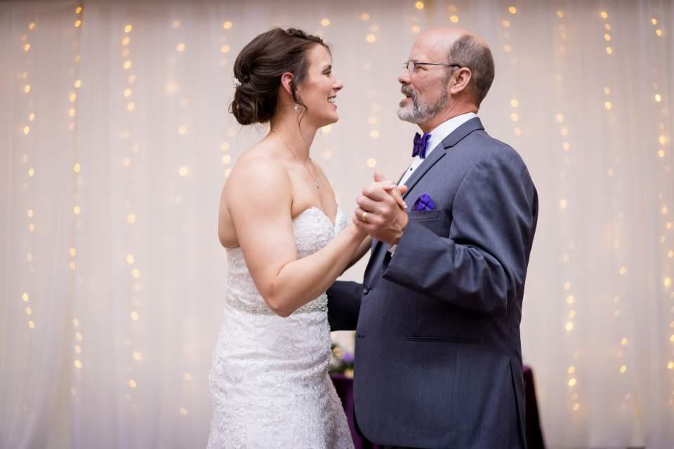 bride dancing with her dad
