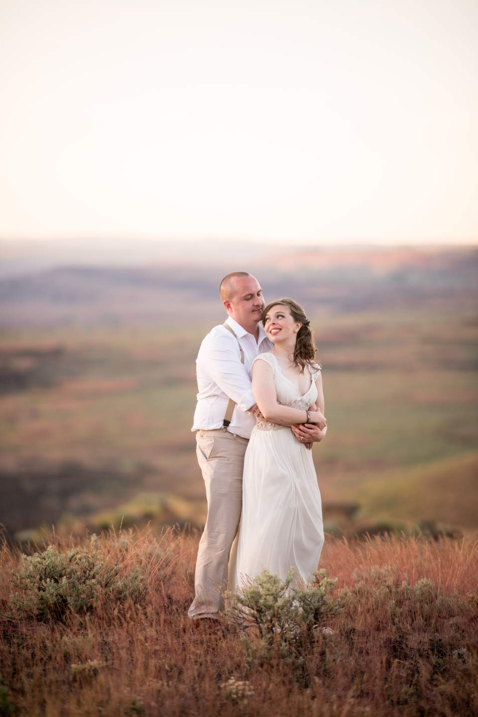 columbia gorge wedding venue sunset photos