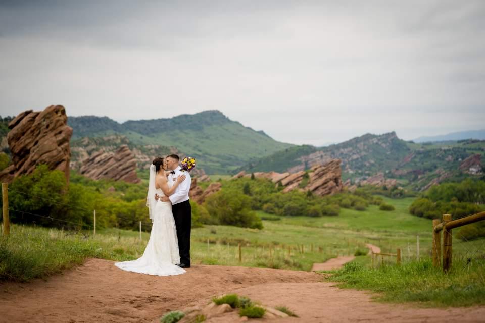 denver red rocks wedding photos