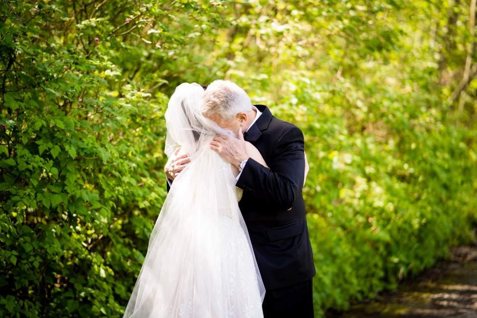 emotional dad on wedding day