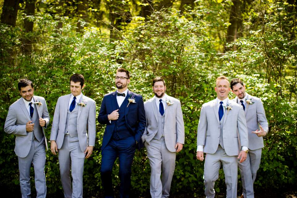 groom and groomsmen cool photo