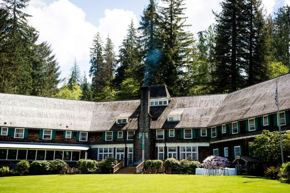 lake quinault lodge exterior
