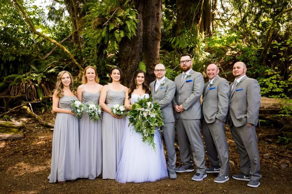 lake quinault lodge wedding party photos