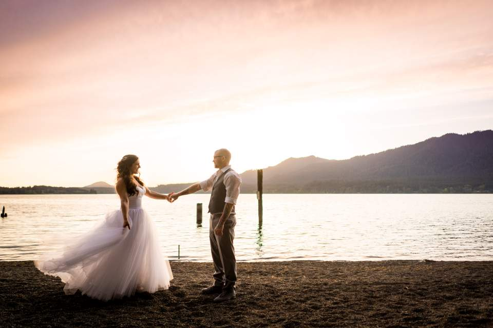 lake quinault sunset bride and groom wedding photos