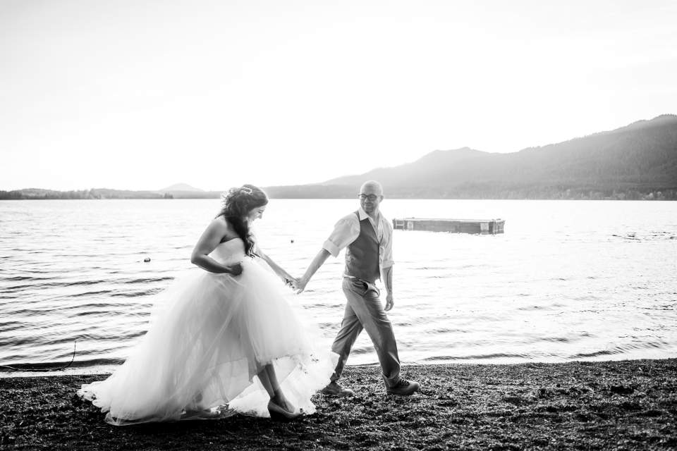 lake quinault sunset photos bride and groom