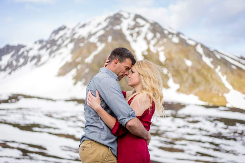 mountain anniversary photos in anchorage