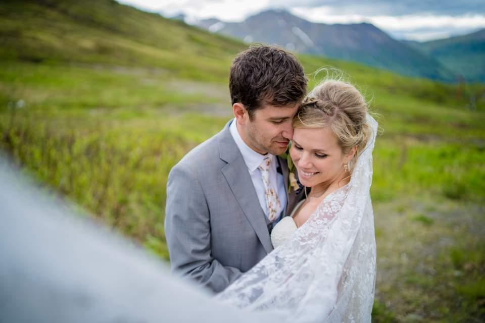 mountain wedding at ski lodge in anchorage