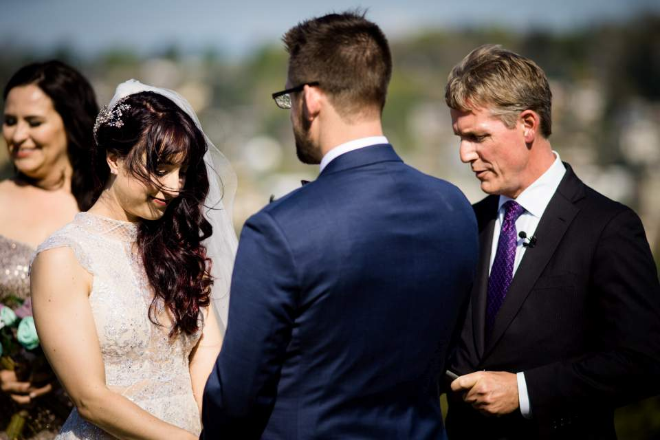 outdoor spring wedding ceremony in seattle