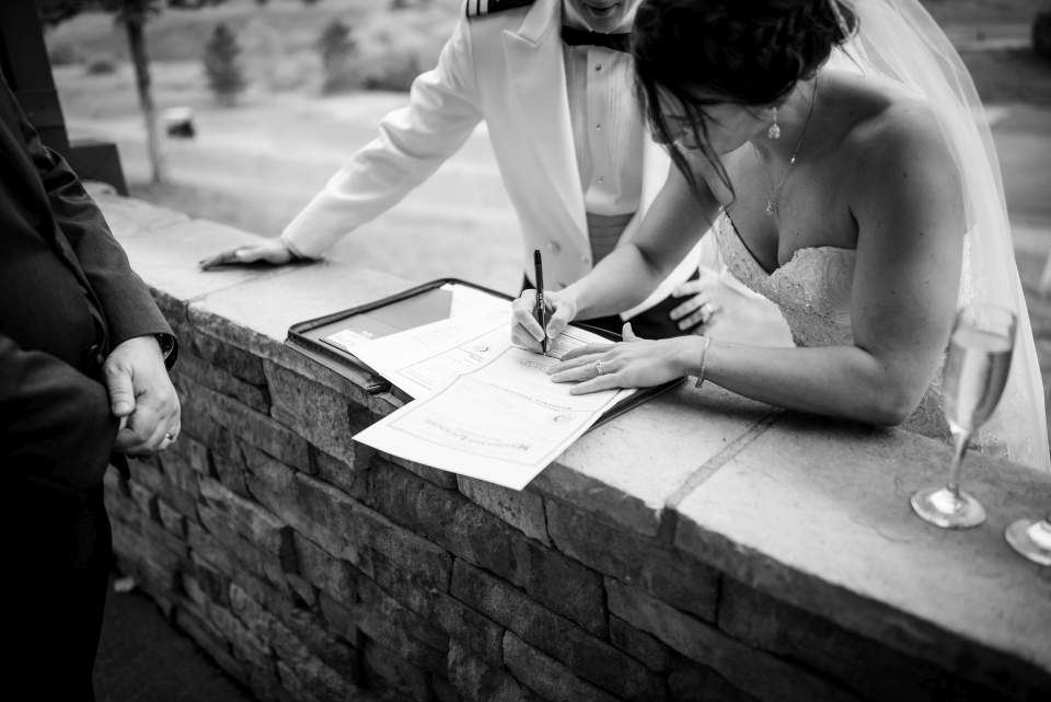 photojournalism denver colorado wedding photographer