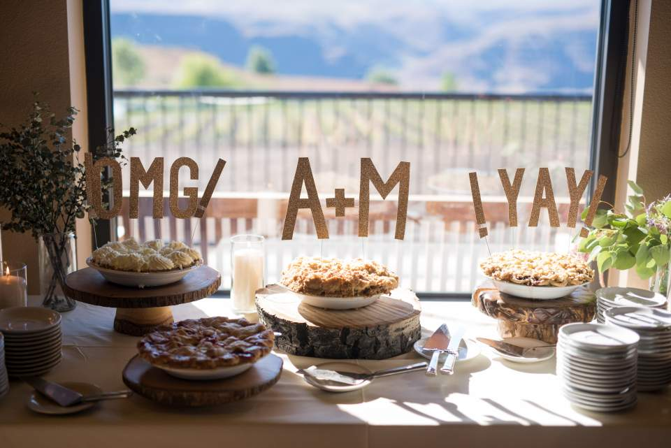 pie table at cave b winery reception