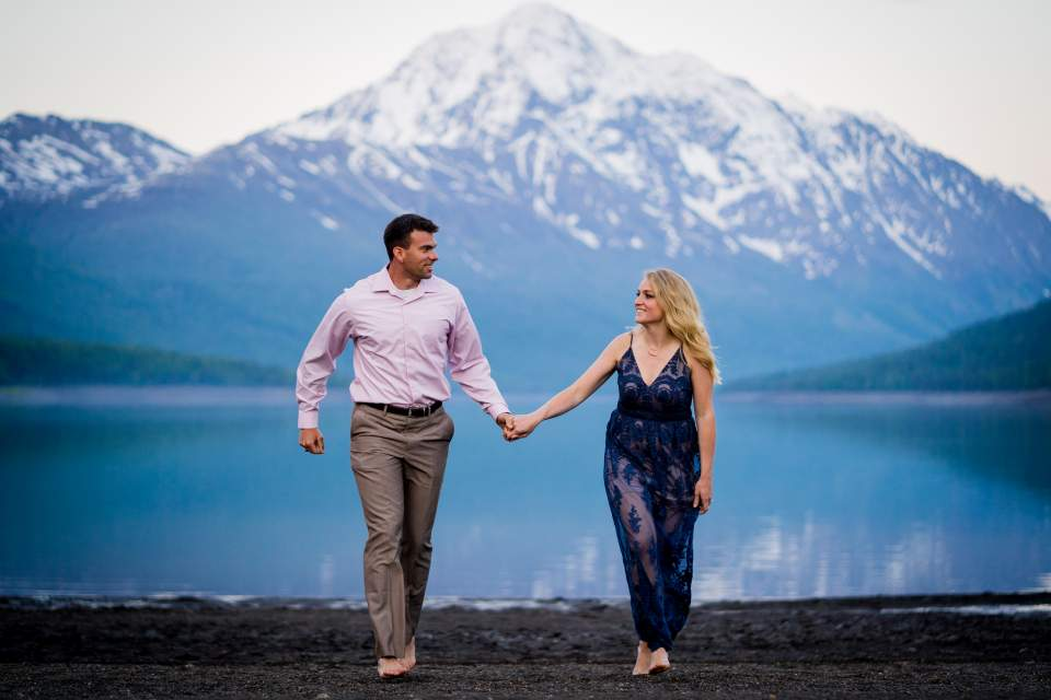 romantic anniversary photos at lake eklutna