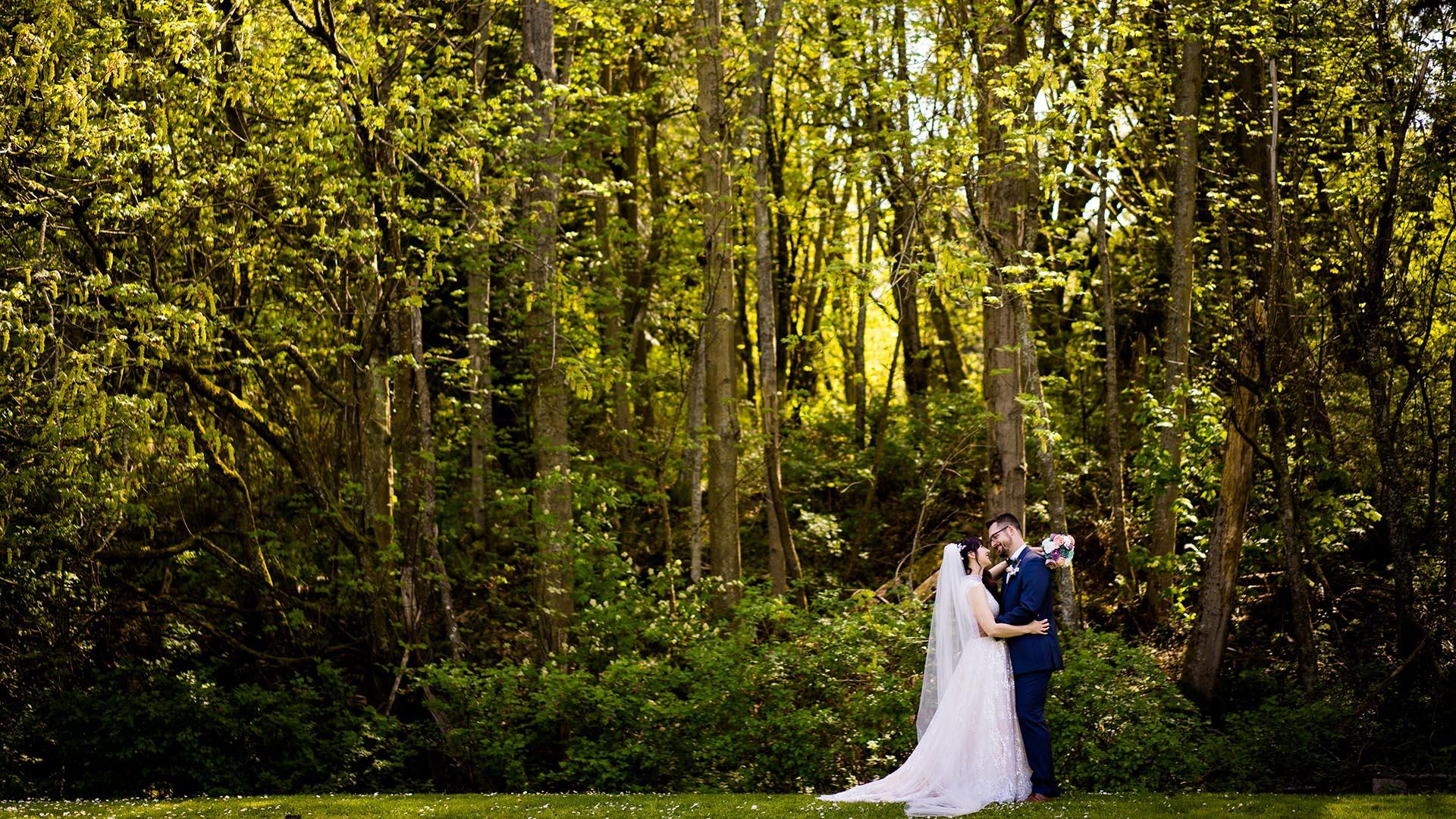 seattle outdoor wedding photographers couples photos 1